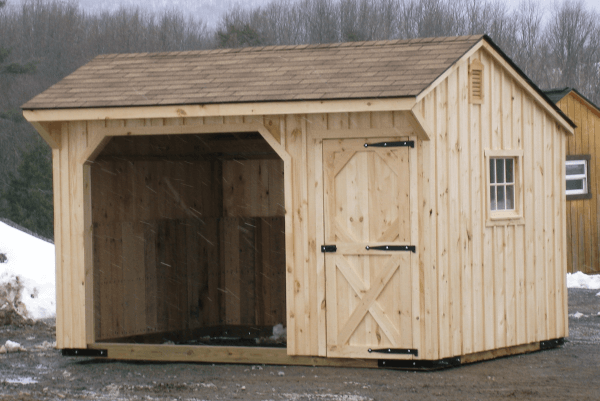 Horse Barns, Horse Stalls & Run in Sheds for Your Horses